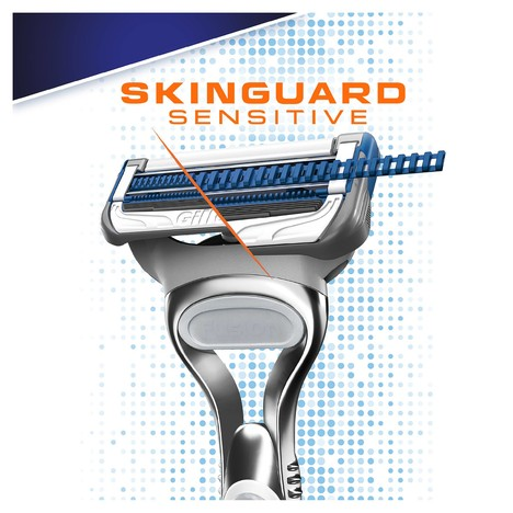 Gillette SkinGuard Sensitive holicí strojek + 3 hlavice