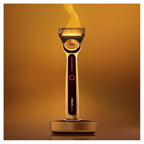 Gillette Labs Heated Razor holicí strojek