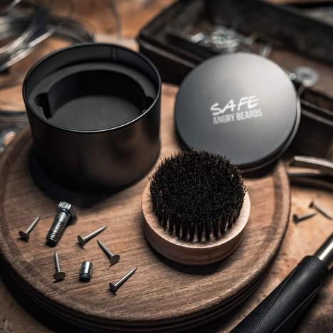 Angry Beards Safe kartáč na vousy